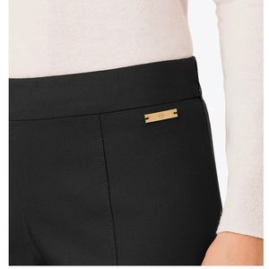 🌺 Tory Burch Ankle Pants 👖
